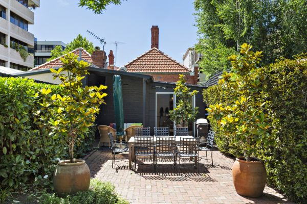 A guide to getting your outdoor area ready for summer